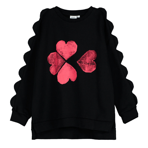 Scallop Sweatshirt (heart)