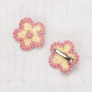Medium Flower Clip (straw)