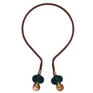 Necklace/Headband (clemantis brown)